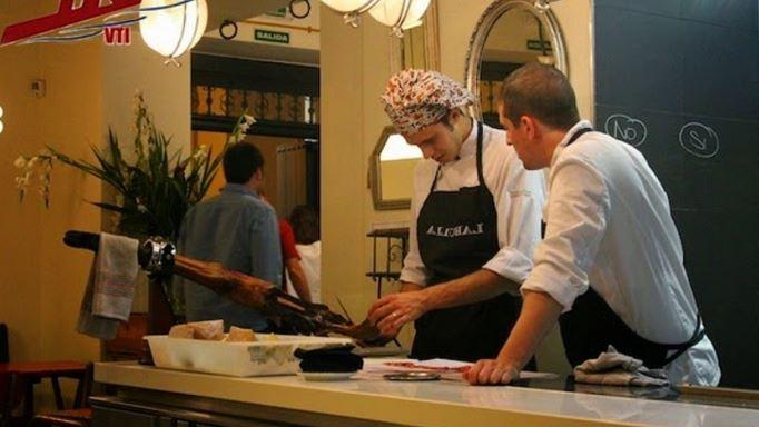 Phụ bếp các nhà hàng tại Úc